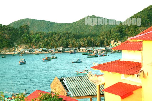 Discovering stunning Nam Du archipelago