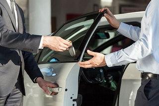 Thuê xe tự lái dịp 30/4: Giá tăng gấp đôi, khó thuê xe