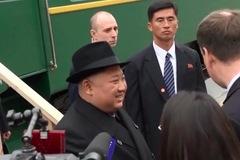 Cảnh hối hả, tất bật đón tàu chở Kim Jong Un vào ga Vladivostok