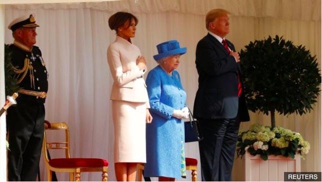 Kiểu đối xử bất thường của Anh với ông Trump