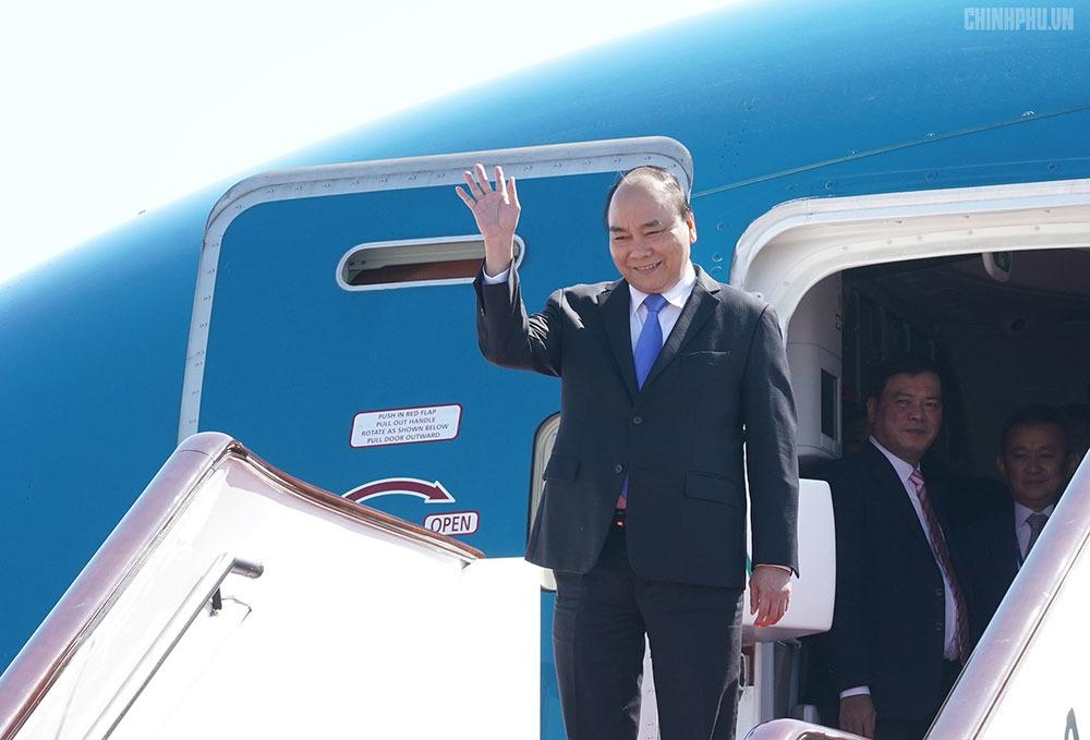 Thủ tướng đến Bắc Kinh, bắt đầu tham dự diễn đàn 'Vành đai và Con đường'