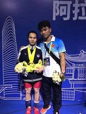 Vietnam win golds, bronzes at Asian Weightlifting Championships