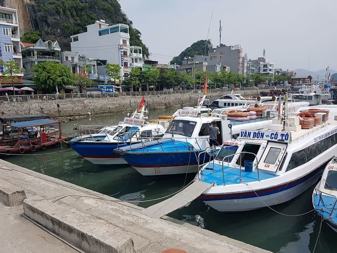 Ferry prices hit Co To islanders and tourists