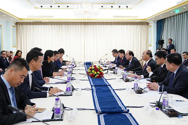 Thủ tướng tiếp các tập đoàn hàng đầu Trung Quốc