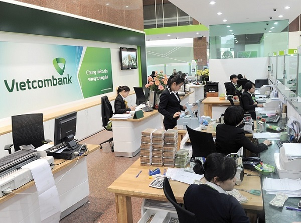 VN banks report large first quarter profits