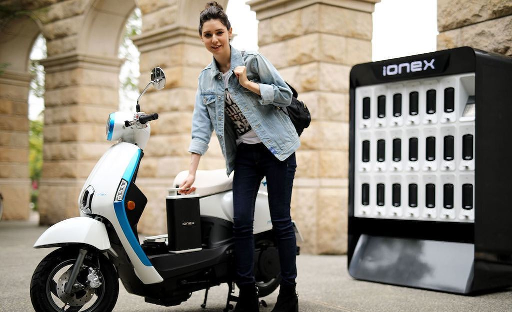 Honda, Yamaha, Kawasaki và Suzuki cùng nhau làm xe máy điện