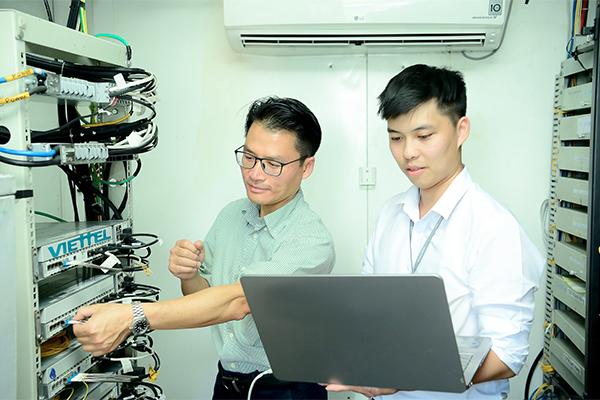 Sóng di động 5G đã có tại Việt Nam, tốc độ tương đương nhà mạng Mỹ