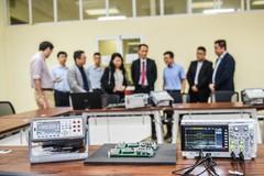 Tập đoàn Mỹ tài trợ gần 1,4 tỷ đồng thiết bị thực hành cho Trường ĐH Bách khoa Hà Nội