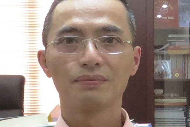 Info ministry's chief inspector arrested for gambling ring cover-up