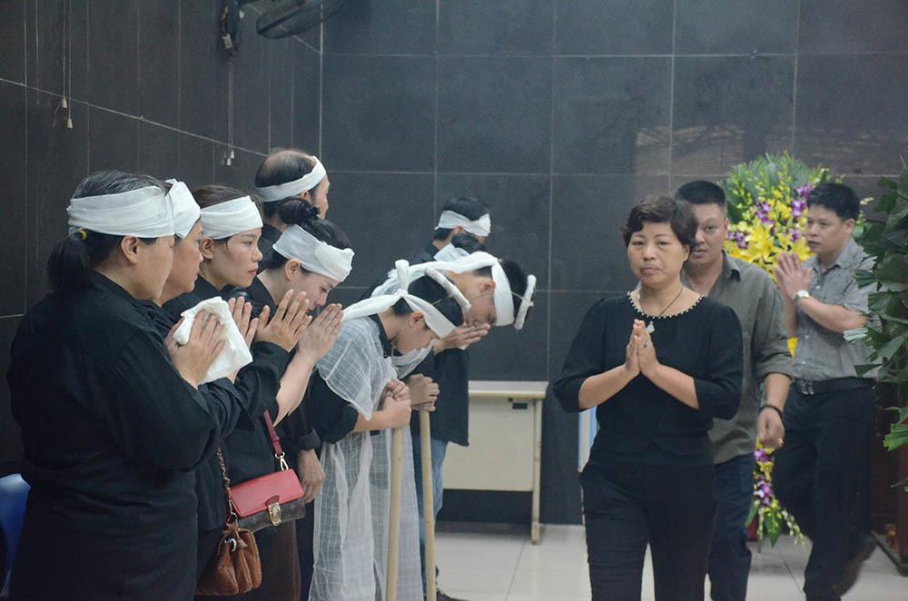 Nữ lao công bị tông tử vong: Con trai nghẹn ngào mời mẹ về ăn cơm