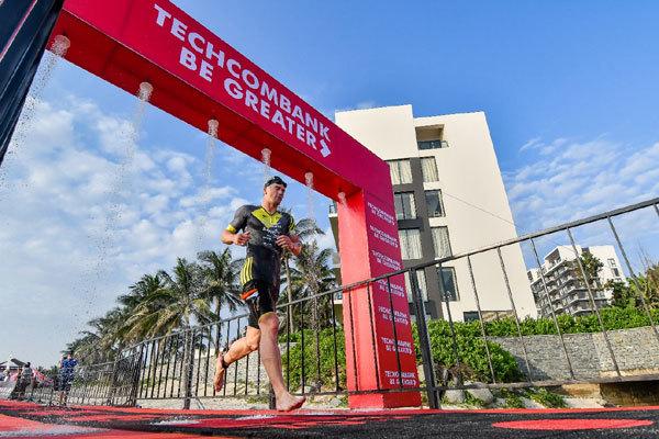 Techcombank Ironman- vượt trội hơn mỗi ngày bằng tinh thần thép