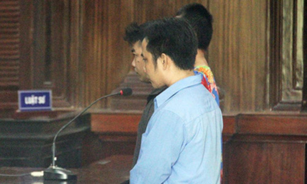 Đánh đại diện viện kiểm sát, bị truy tố vẫn tiếp tục náo loạn tòa