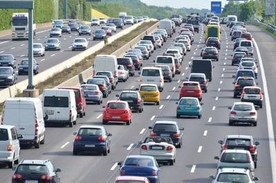 Những lưu ý vàng cho tài xế khi lái xe đường dài dịp nghỉ lễ