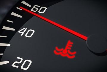 3 đèn cảnh báo trên ô tô nguy hiểm nhất nhắc tài xế phải dừng xe ngay