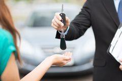Những lưu ý khi quyết định xuống tiền tậu ô tô?