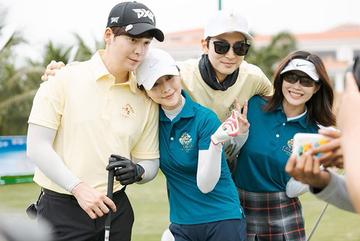 'Cô dâu vàng' Lee Young Ah và dàn sao Hàn Quốc đấu cùng sao Việt