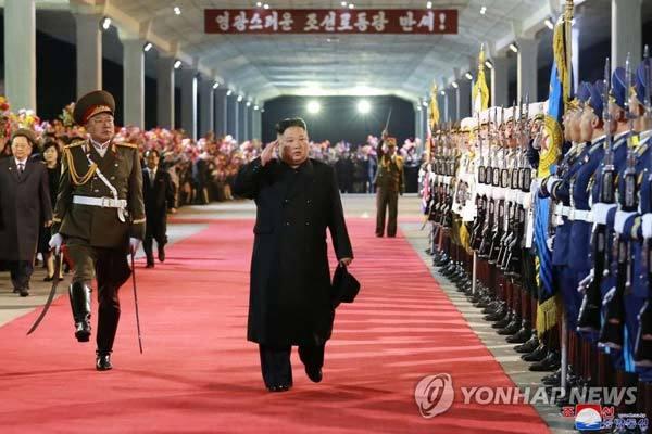 Kim Jong Un hoàn tất chuyến đi 'làm nên kỳ tích bất hủ'