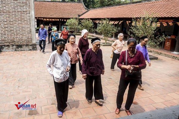 Kỳ bí chùa Dâu với huyền tích cô gái 'ngủ quên mang thai'