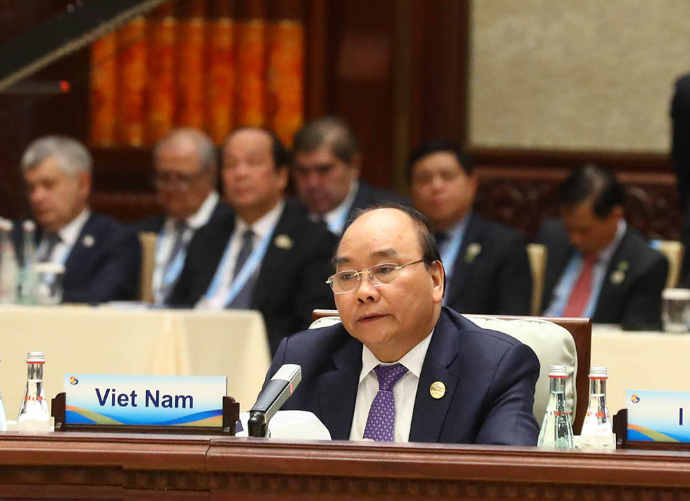 Thủ tướng nhấn mạnh những nền tảng của kết nối kinh tế khu vực