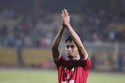 Vũ Minh Tuấn giúp Viettel có 3 điểm, SLNA bị cưa điểm