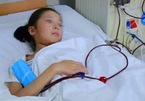 Bé gái 12 tuổi bị suy thận cấp vì uống sản phẩm này thay nước
