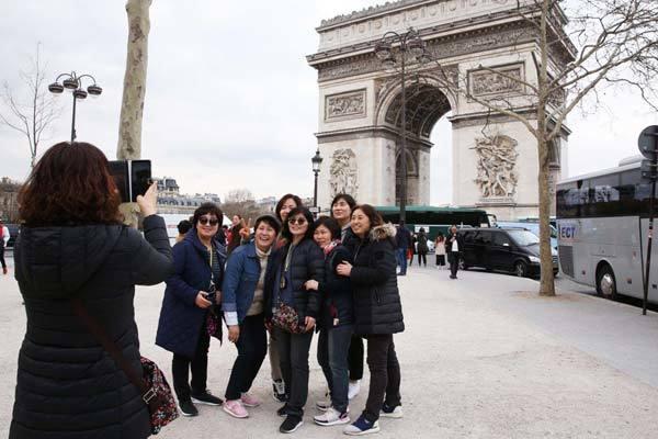 du khách,Trung Quốc,Paris,móc túi