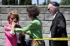 Nổ súng vào giáo đường Do Thái tại Mỹ