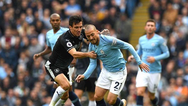 Trực tiếp Burnley vs Man City: Cờ trọng tay Pep Guardiola