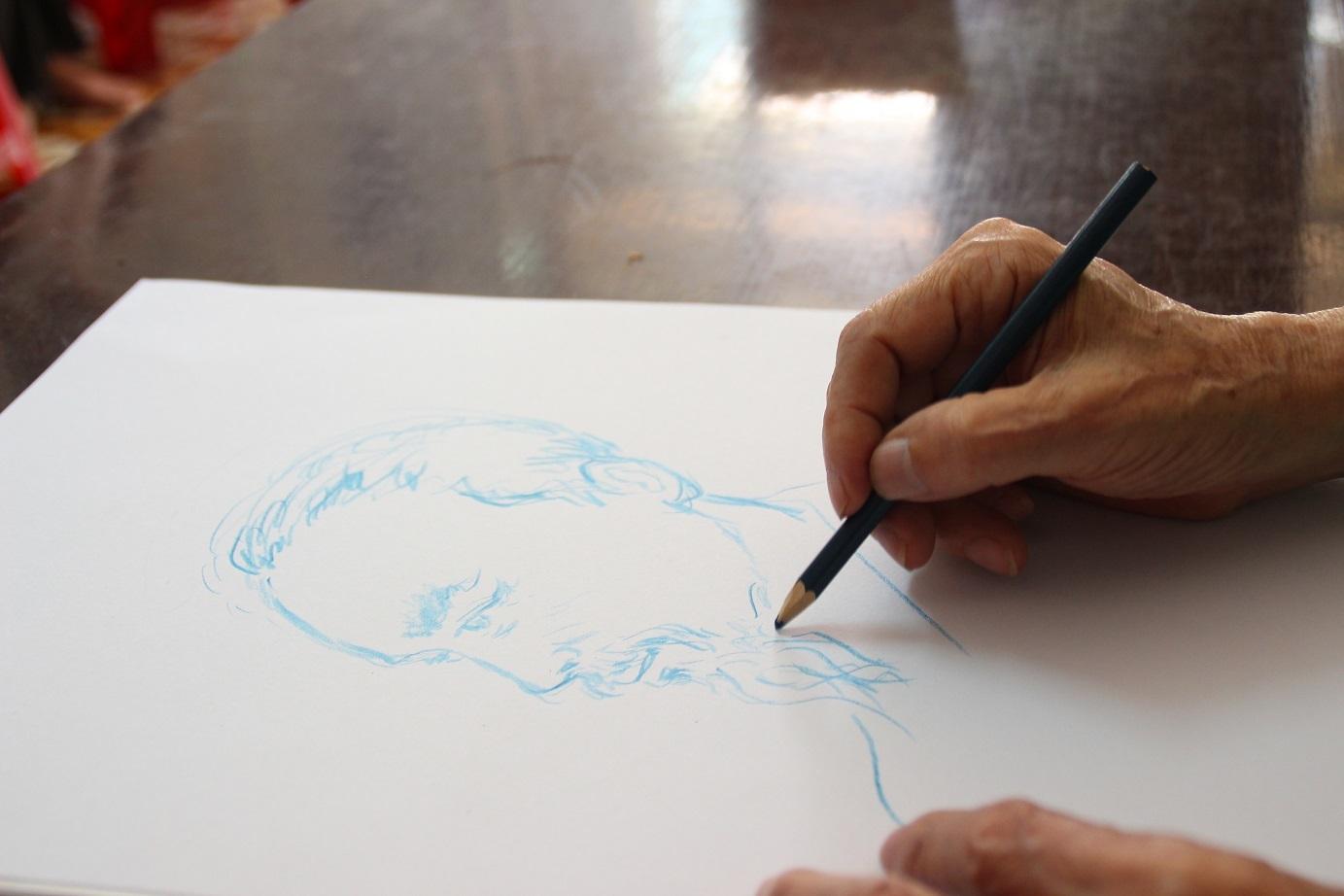 Thượng tá quân đội dành cả tuổi thanh xuân để vẽ Bác Hồ