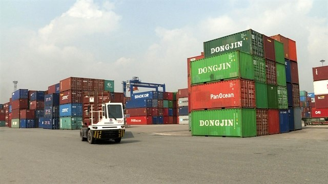 Insiders appeal for tackling logistics bottlenecks in Vietnam