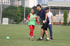Akira to help Vietnam's young footballers