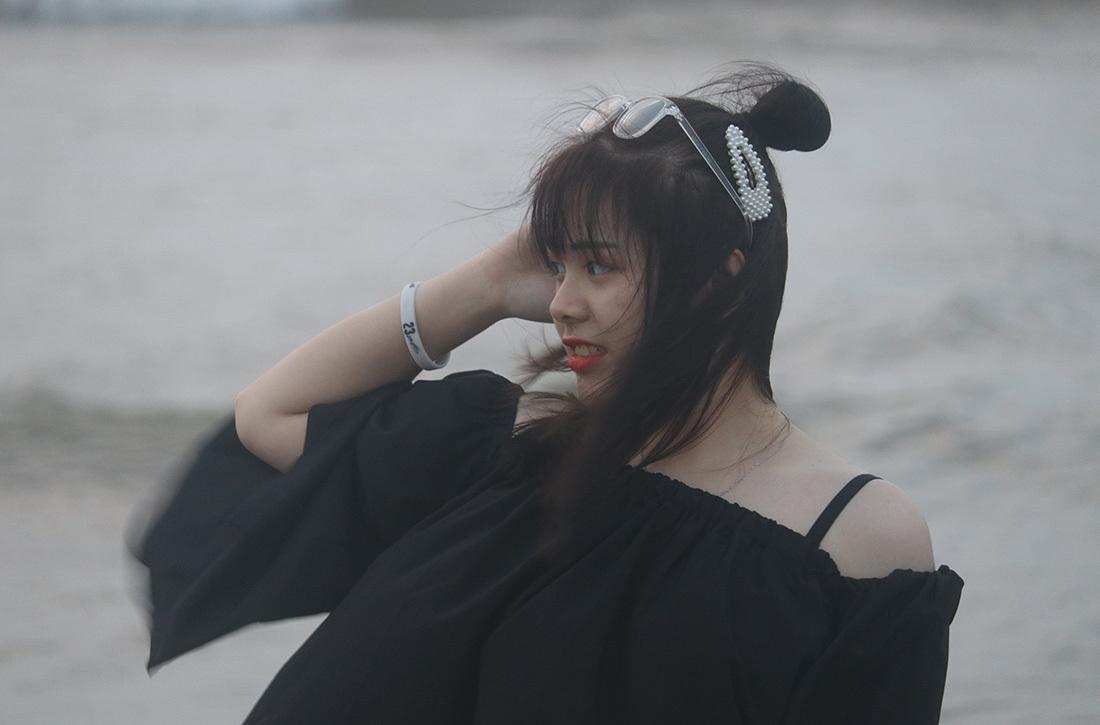 Bãi biển Cửa Lò đốn tim du khách, hút hết hoa khôi ngày lễ