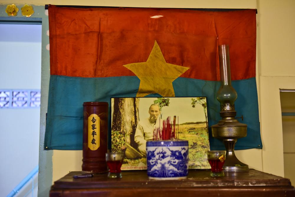 Quán cà phê có hầm vũ khí bí mật giữa trung tâm Sài Gòn
