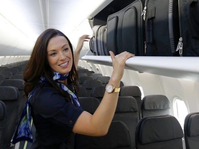 tiếp viên hàng không,hành khách