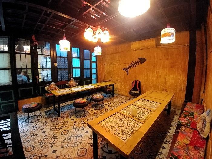 Quán cà phê độc lạ,khởi nghiệp,người trẻ khởi nghiệp,quán cà phê đồng nát,quán cà phê