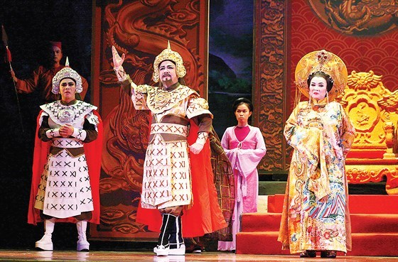HCM City theatres stage new plays for holiday