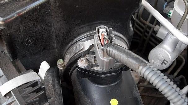 đèn ô tô,nhiên liệu ô tô,kinh nghiệm lái xe