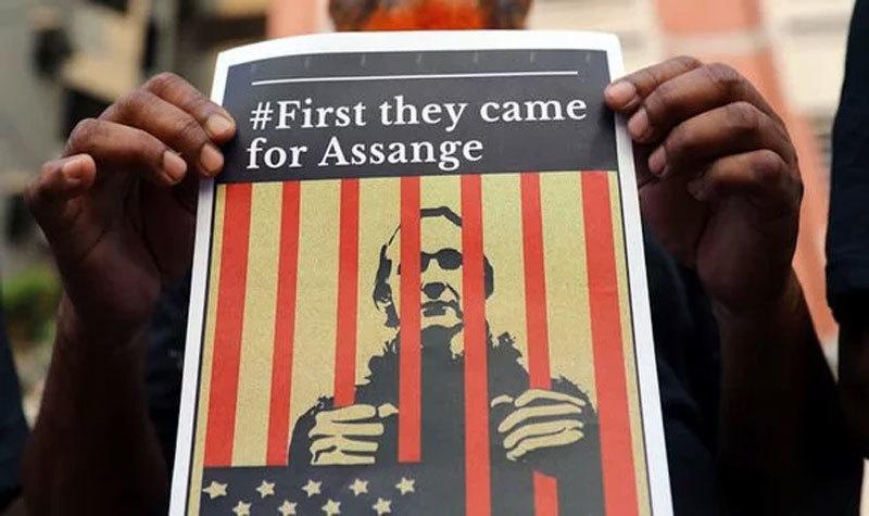 Ông trùm WikiLeaks lĩnh 50 tuần tù vì vi phạm bảo lãnh ở Anh