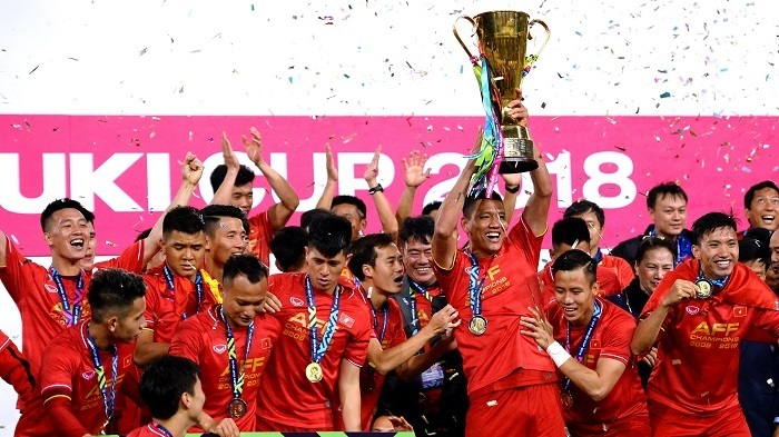 Ông chủ tư nhân Việt: Bóng đá nổi danh Châu Á, sân bay đẳng cấp quốc tế