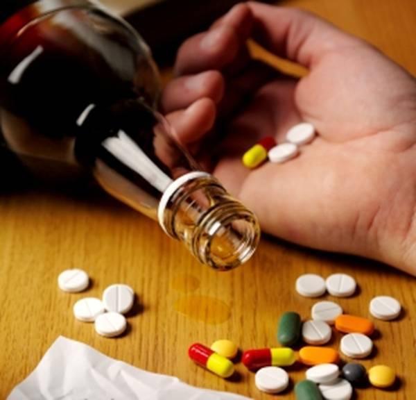 Người đàn ông tử vong sau uống rượu, bác sĩ chỉ điểm 4 điều cấm kỵ