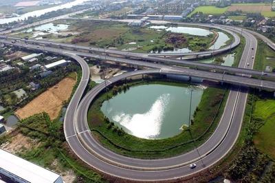Trong nước không đủ năng lực... chỉ Trung Quốc mặn mà cao tốc Bắc - Nam