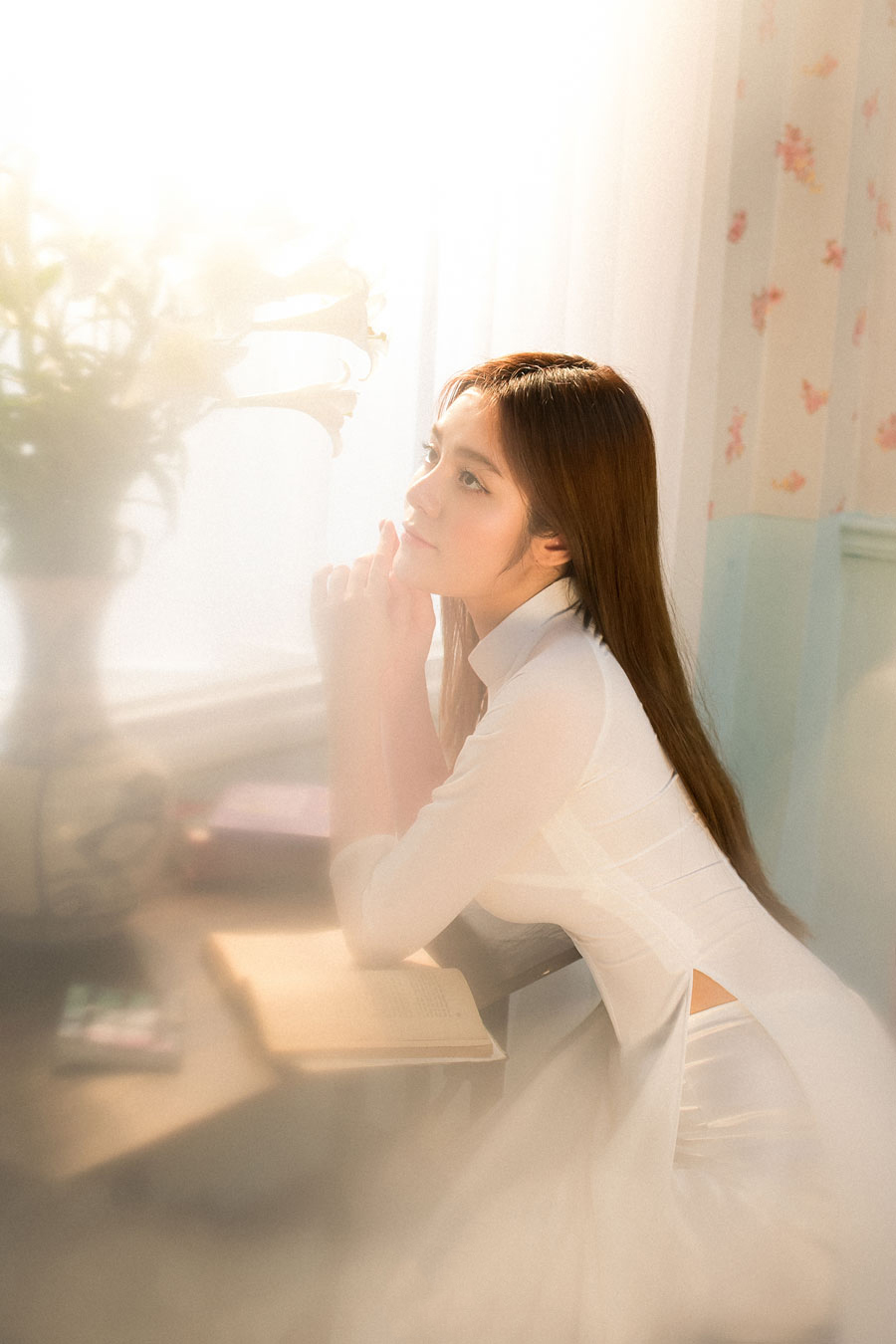 Hình ảnh bất ngờ của 'gái ngành' phim Quỳnh Búp Bê