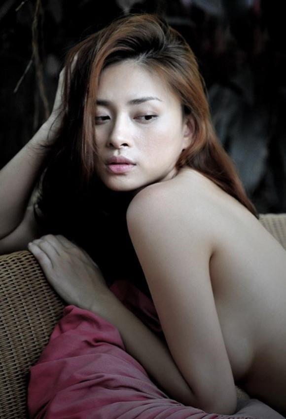 Những ngày đau khổ kiệt quệ của Ngô Thanh Vân khi bị tung ảnh nude