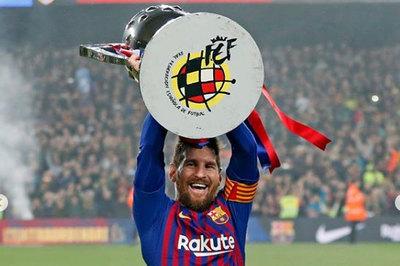 'Messi sẽ được trao Quả bóng vàng vào ngày mai'