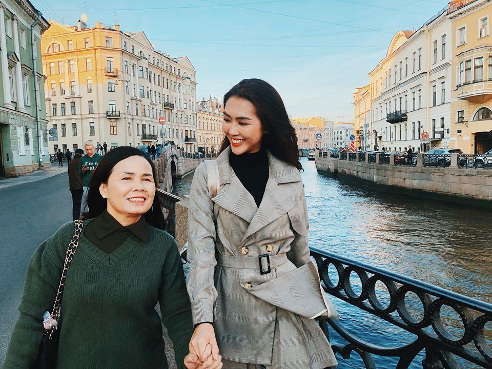 Hoa hậu Tường Linh: Rất đồng cảm với Trâm Anh và Hoàng Thùy Linh