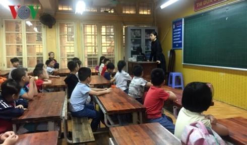 """Tai nạn ở hầm Kim Liên: Nghẹn lòng khi học sinh hỏi """"Ai dạy chúng con"""""""