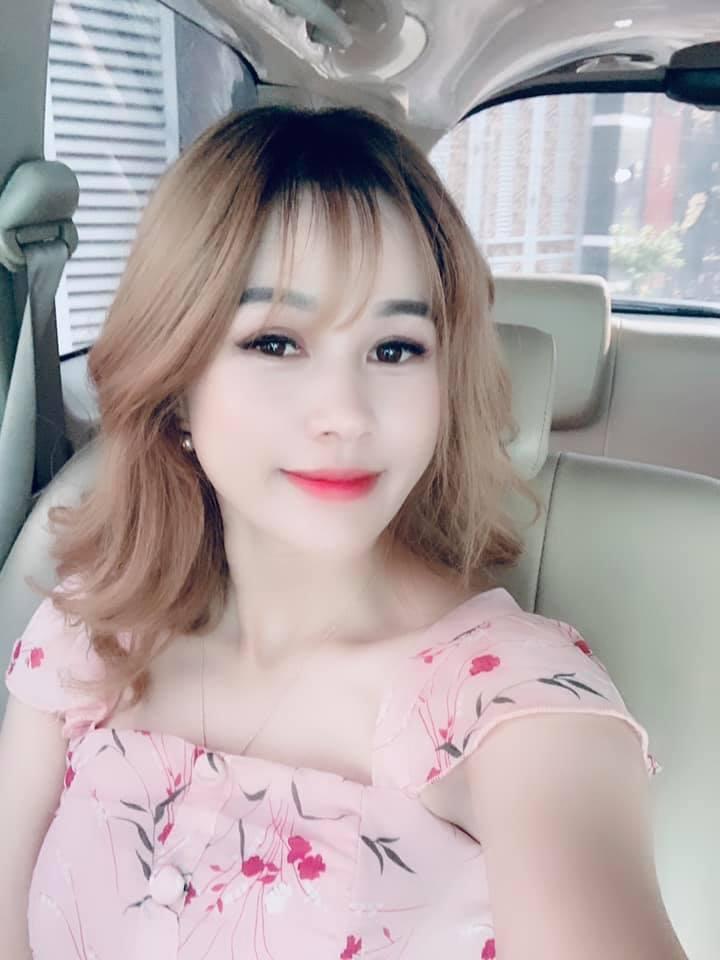 Rơi nước mắt trước tình cảm của nghệ sĩ Lê Bình và con gái út