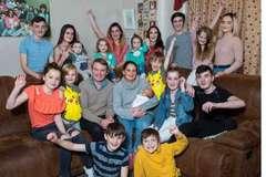 Ngôi nhà khổng lồ của gia đình có hàng chục đứa con