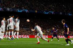 Messi và lời đáp trả Jurgen Klopp: Đừng đùa với Nou Camp!