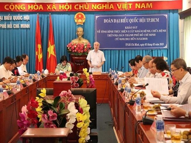 Bác sĩ Việt nói gì về việc bác sĩ phòng khám Trung Quốc phá thai làm thủng ruột bệnh nhân